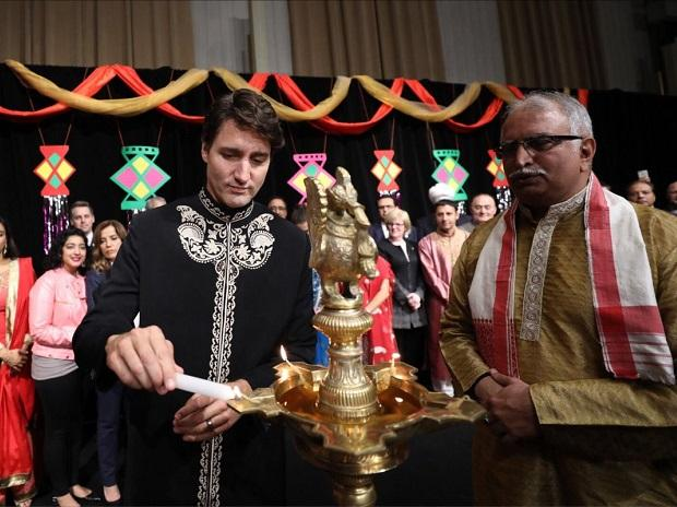 Justin Trudeau celebrating Diwali in Ottawa. Photo: Twitter ( @Justin Trudeau)