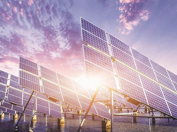 Stressed European power utilities bet on solar opportunities