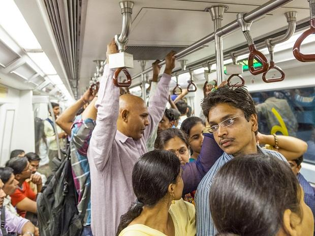 Delhi Metro loses 3 lakh passengers due to hike in fare