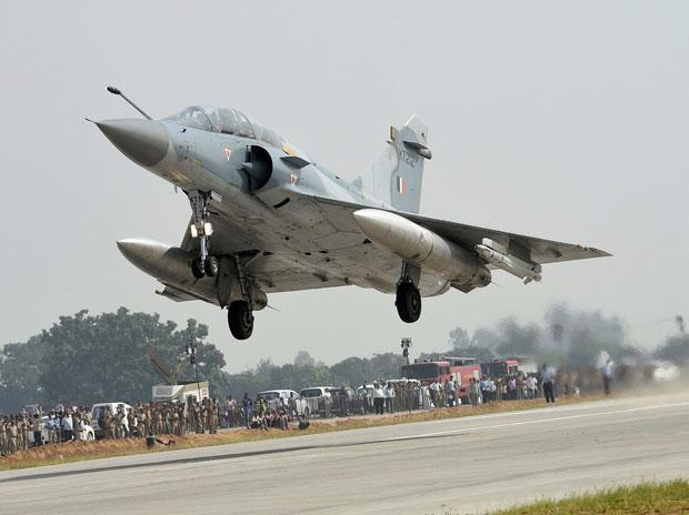 IAF begins process to procure 114 fighter jets