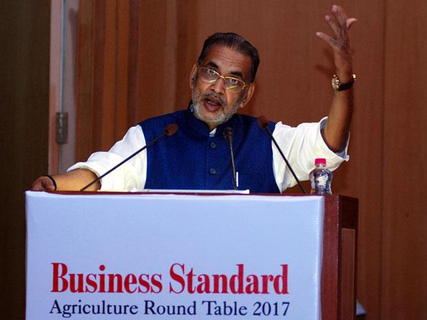 BS Agri Roundtable 2017: We won't need to import pulses by 2019 says Radha Mohan Singh