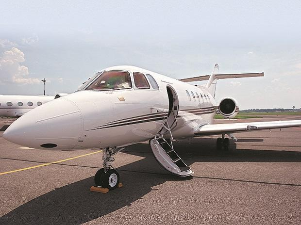 private plane, flight, chartered