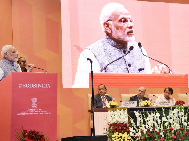 Prime Minister Narendra Modi addresses a session on India's Business Reforms, at the Pravasi Bhartiya Kendra in New Delhi. (Photo: PTI)