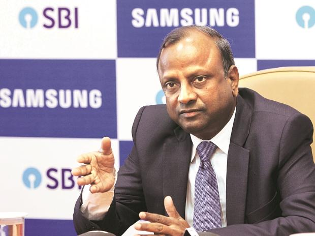 SBI Q2 profit Rs1,582 crore, misses estimates