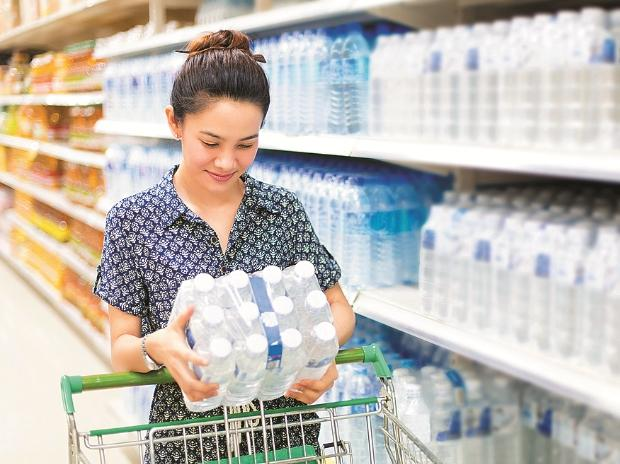 Costlier raw material hikes up plastics prices