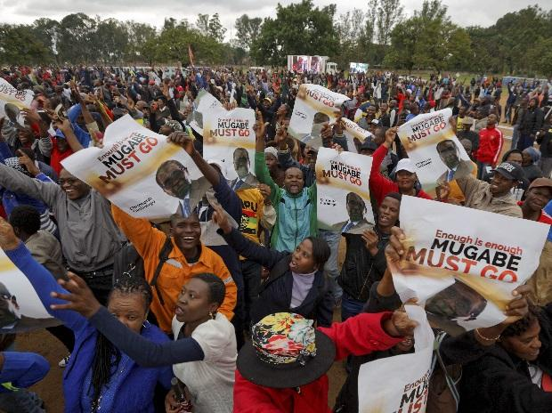 anti-Mugabe protests, Mugabe's exit, Robert Mugabe, Zimbabwe, Harare protests