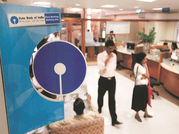 SBI likely to slash minimum balance requirement for savings accounts