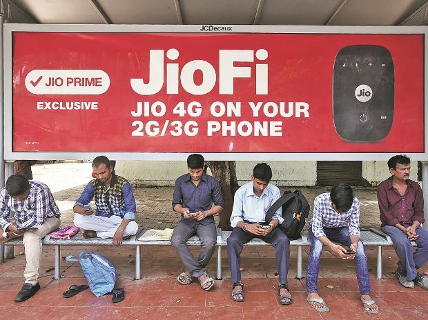 Reliance Jio upgrades plans with Happy New Year offer