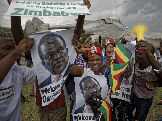 Robert Mugabe,Zimbabwe military coup,Emmerson