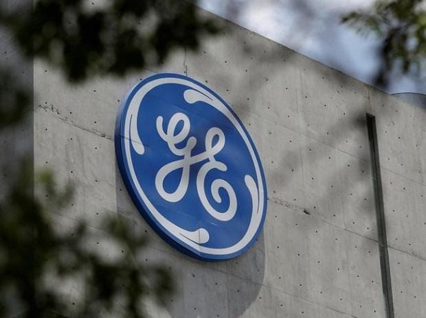 GE Didn't Pay Cash Bonuses to CEO, Top Executives in 2017