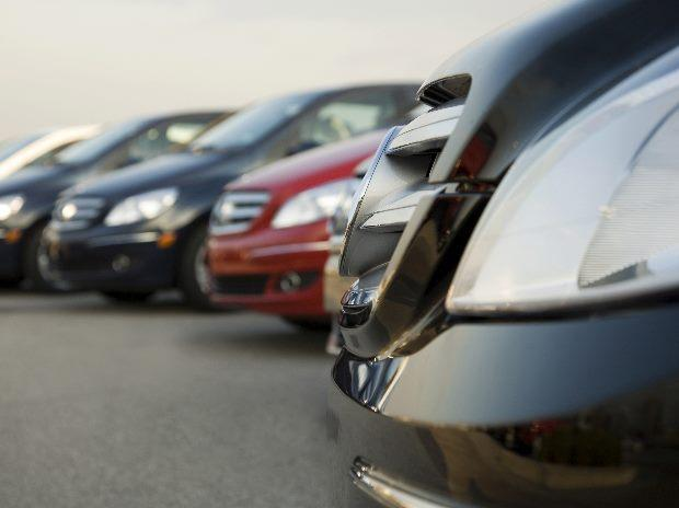 November vehicle sales reap note-ban gain