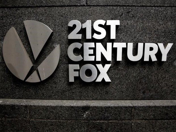 FILE PHOTO: The 21st Century Fox logo is seen outside the News Corporation headquarters in Manhattan, New York