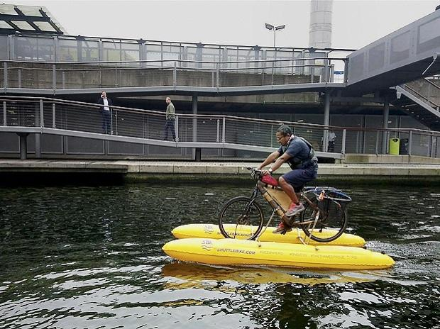 Assamese, Thames, floating cycle