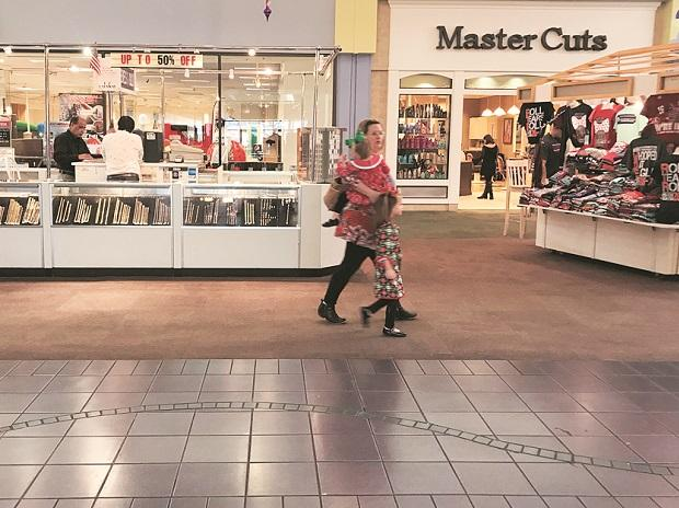 The decline of shopping malls and brick-and-mortar stores reflects the changes in how Americans shop. Photo: Reuters
