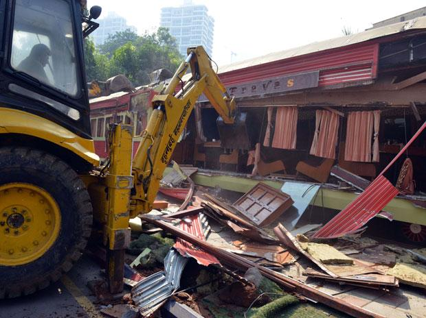Kamala Mills fire: BMC crack down on illegally constructed eateries, pubs in Kamala Mills Compound