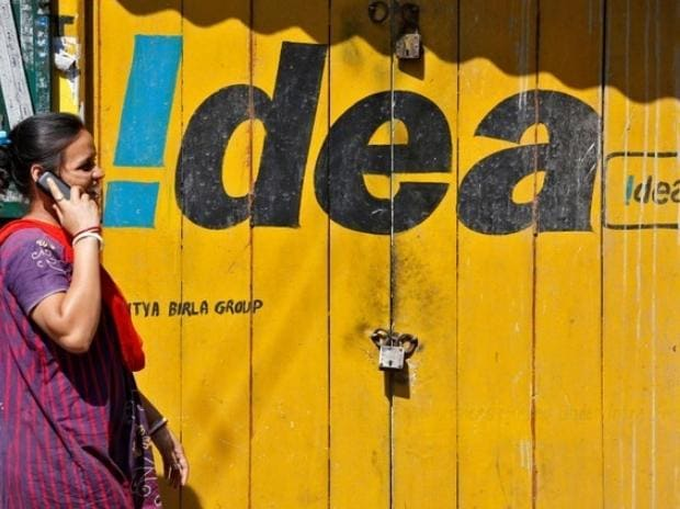 Idea offers Rs 3300 cashback on recharge of Rs 398 and above