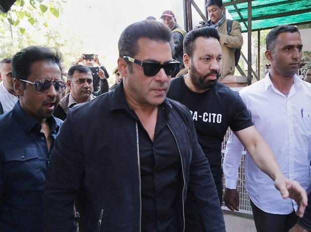 Salman Khan Convicted, Gets 5 Yr Jail Term