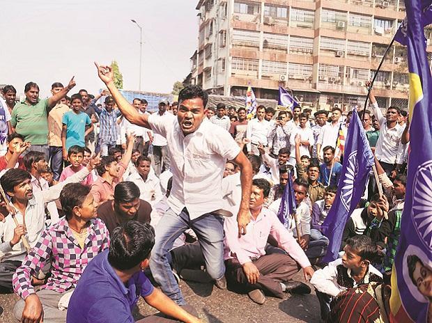 Dalit protest, Mumbai violence
