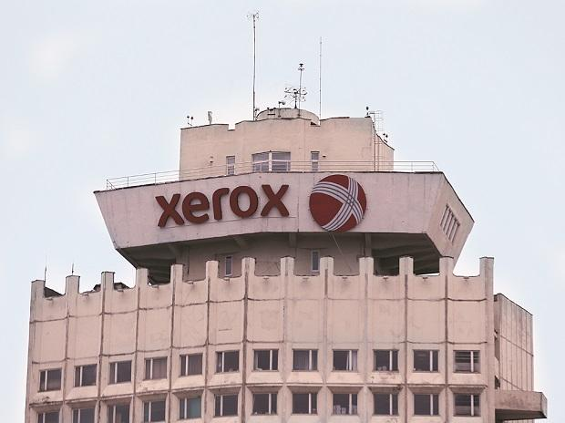 Xerox shares surge 8% on report of Fujifilm deal