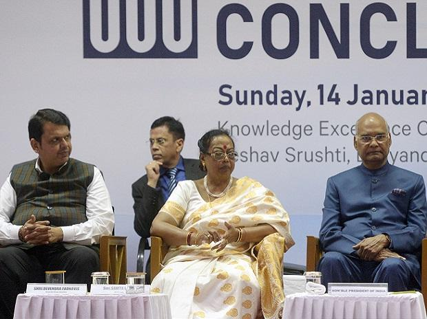 President Ram Nath Kovind along with his wife Savita and CM Devendra Fadnavis during the inauguration of Economic Democracy conclave in Thane, Mumbai on Sunday. Photo: PTI