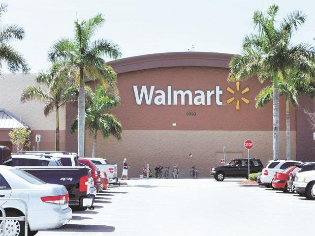 Walmart, walmart stores,walmart overhaul,Amazon,co-managers,lower paid