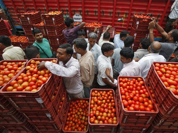 Inflation in perishable items drops for farmers; but consumers aren't getting them very cheap