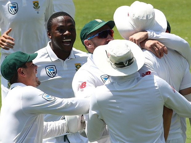 South Africa win the 2nd Test by 135 runs
