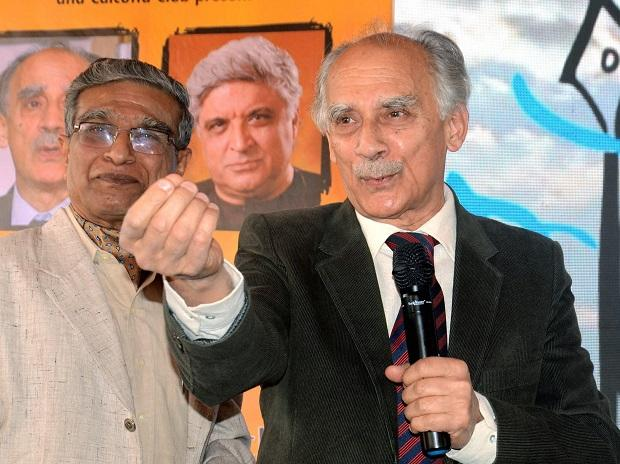 There is climate of fear and sense of helplessness in the country: Shourie
