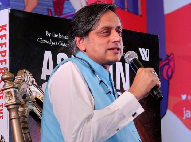 Shashi Tharoor at Jaipur Lit Fest.