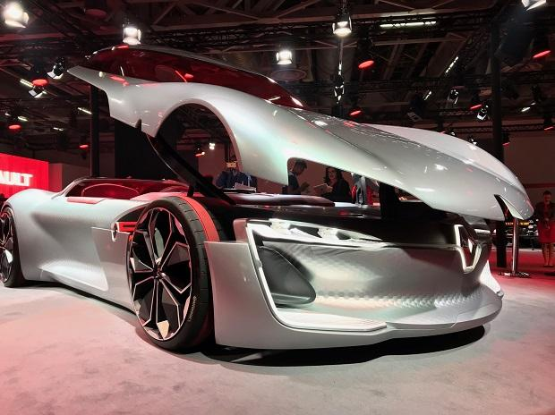 Car Expo Standsaur : Auto expo renault showcases electric sports cars
