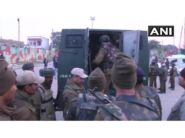 Terrorists attack Sunjwan Army camp Photo: ANI Twitter
