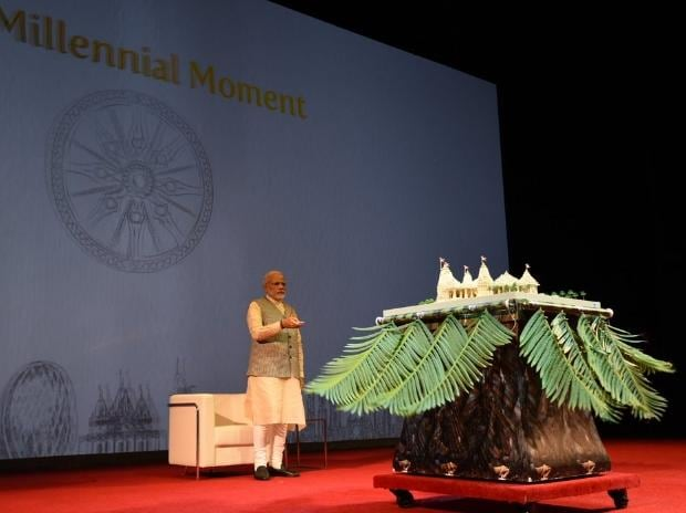 PM unveils the model of the temple in Abu Dhabi