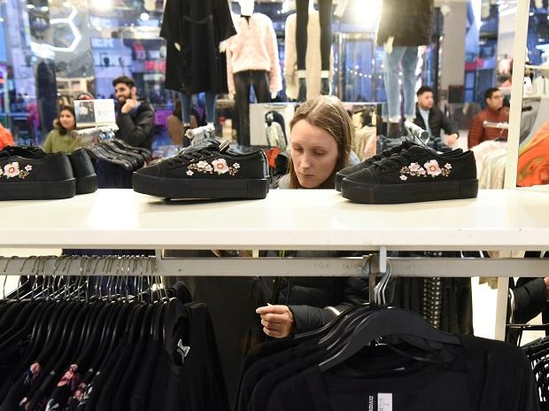 A woman shops at an H&M store in New York City. (Photo: Reuters)