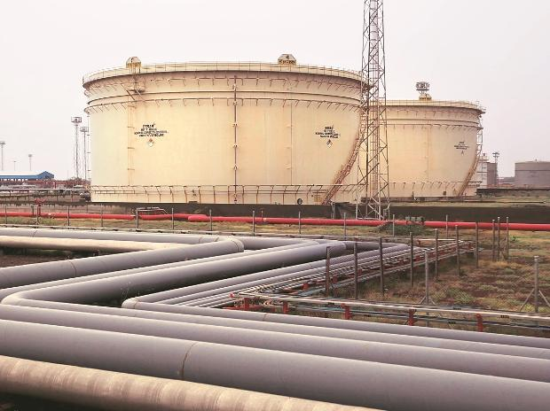 Essar wants to borrow the money for 3-4 years and repay it  with cargoes of refined products as it seeks to cut reliance  on lending from Indian banks. (Photo: Reuters)