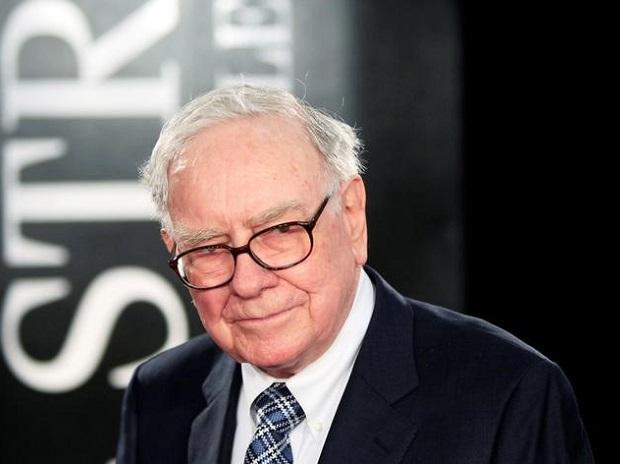 Here's why Warren Buffett isn't anxious  about Berkshire Hathaway when he retires