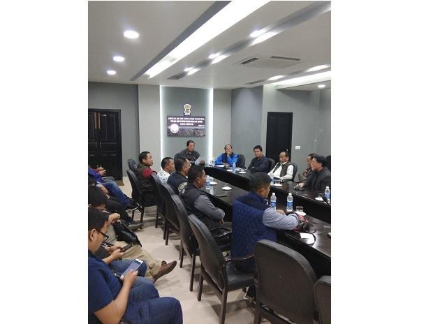 All Party Meeting chaired by #ChiefMinister #LalThanhawla underway at CM's #ConferenceHall in #Aizawl today.   Representatives from CYMA also attended the #Meeting. (Photo: AIR News Aizawl twitter)