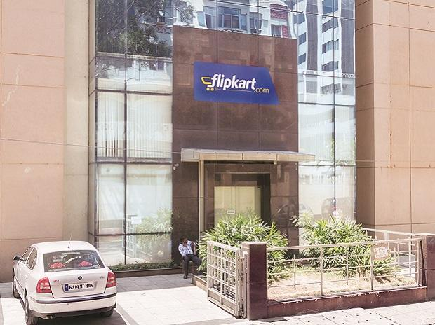 Walmart or Amazon? Who will bag the Flipkart stakes?
