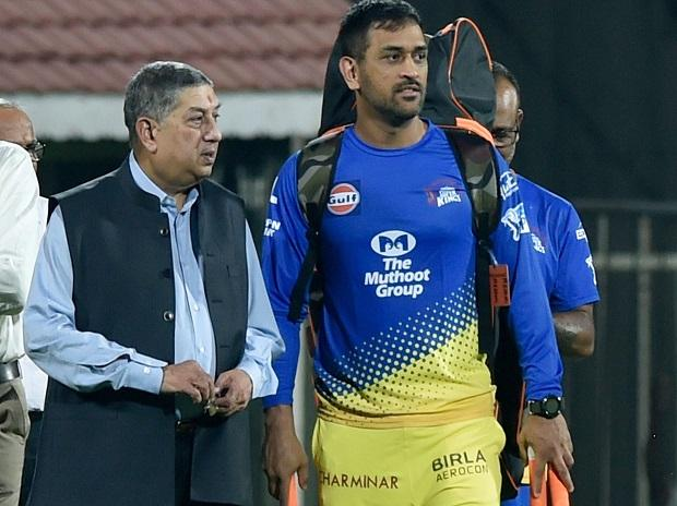 Chennai Super Kings (CSK) skipper MS Dhoni with  former BCCI President and Managing Director of India Cements N Srinivasan during the practice session of IPL T20-2018 tournament at MAC Stadium in Chennai. Photo: PTI