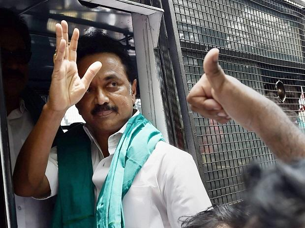 Signs visible for joining hands with BJP: AIADMK