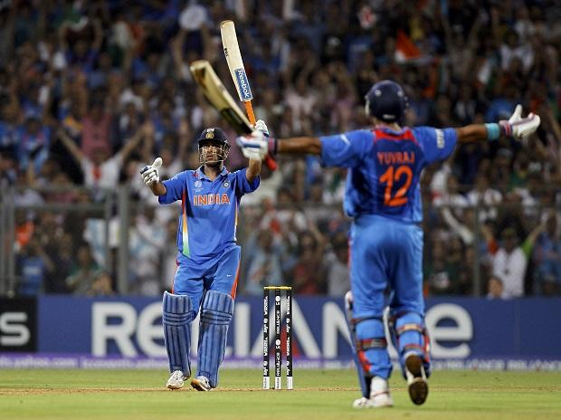 Captain cool MS Dhoni scored the winning run