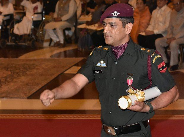 M. </p><p>S. Dhoni during the Padma Awards 2018 function at Rastrapati Bhawan in New Delhi (Photo: PTI) A