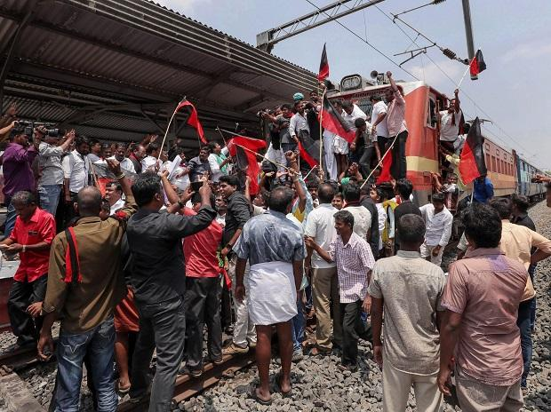 DMK members during a 'rail roko' demonstration during a protest against Central Government over the Cauvery Management Board (CMB) water issue, in Coimbatore. Photo: PTI