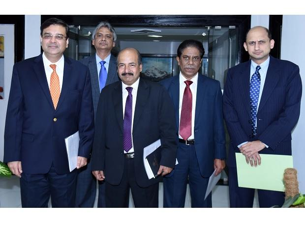 Urjit Patel, Governor, RBI, M D, Patra, ED, RBI, N S Vishwanathan, Deputy Governors RBI BP Kanungo, Deputy Governors RBI and  Viral Acharya, Deputy Governors RBI during a press conference in Mumbai. Photo: Kamlesh Pednekar
