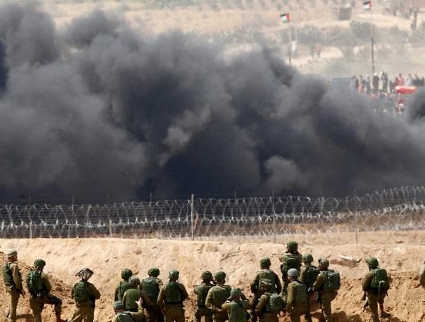 Palestinians Wounded On Gaza Border As Third Week Of Protests Begins