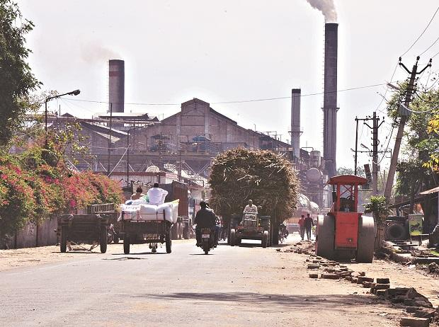 UP sugar mills, cane farmers, Uttar Pradesh government, UP , gur, Jaggery, Khandsari, sugar mills, Yogi Adityanath government , sugar farmers, sugar cultivation, sugar factory,