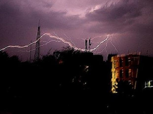 7 dead, several injured as massive storm hits Kolkata, suburbs