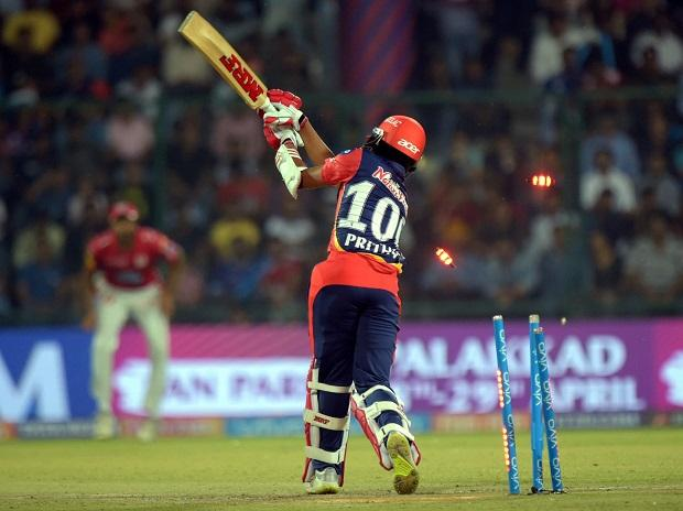 Gautam Gambhir steps down as captain; not as leader