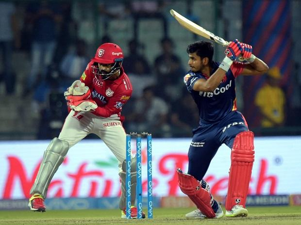 Under-pressure Gambhir steps down, Shreyas Iyer is new DD captain