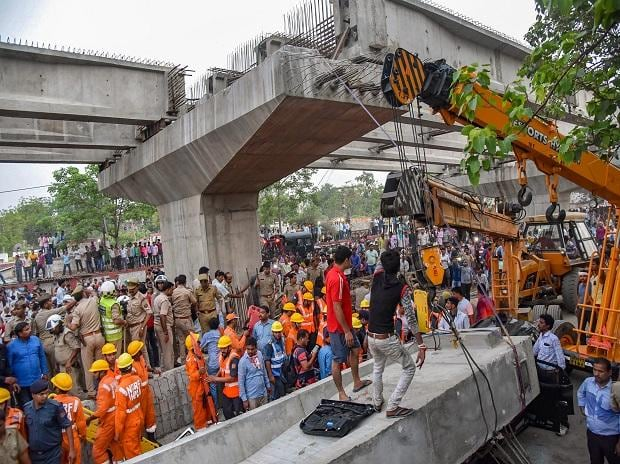 varanasi bridge collapse
