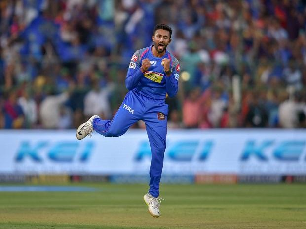 RCb vs RR, IPL 2018, Shreyas Gopal, Rajasthan Royals' Shreyas Gopal celebrates after dismissing Royal Challengers Bangalore's Moeen Ali during IPL 2018 cricket match, in Jaipur. Photo: PTI